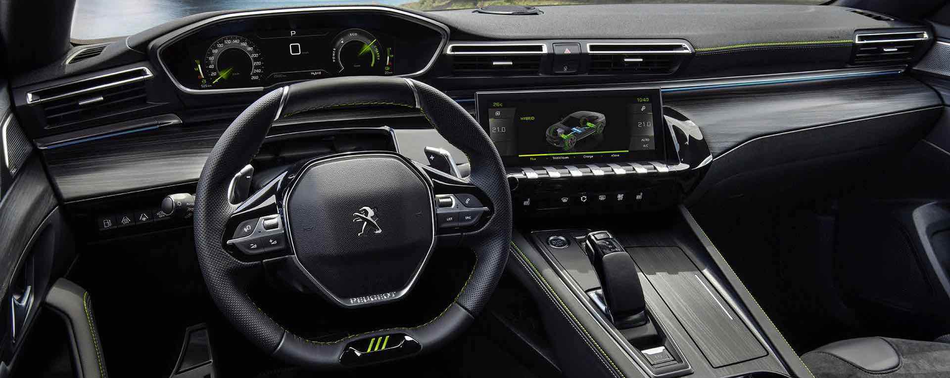 interior do Peugeot 508