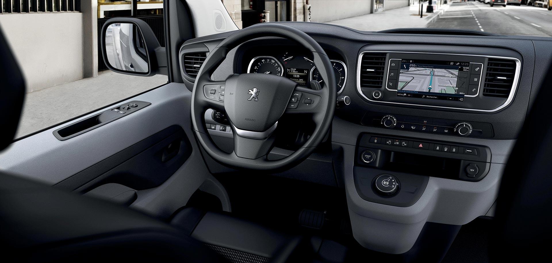 habitáculo do Peugeot Expert Furgão