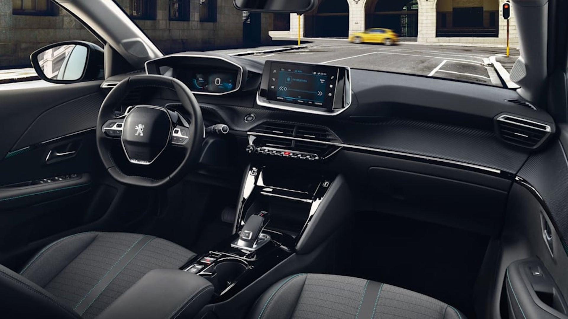 interior do Peugeot 208